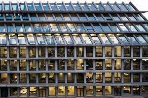 the-lightline-architecture-fondazione-feltrinelli-3