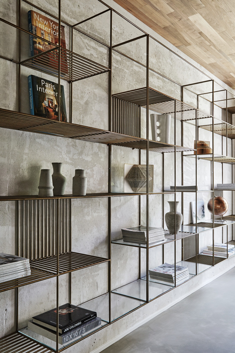 the-lightline-christopher-ward-house-elle-decoration-uk-bookcase