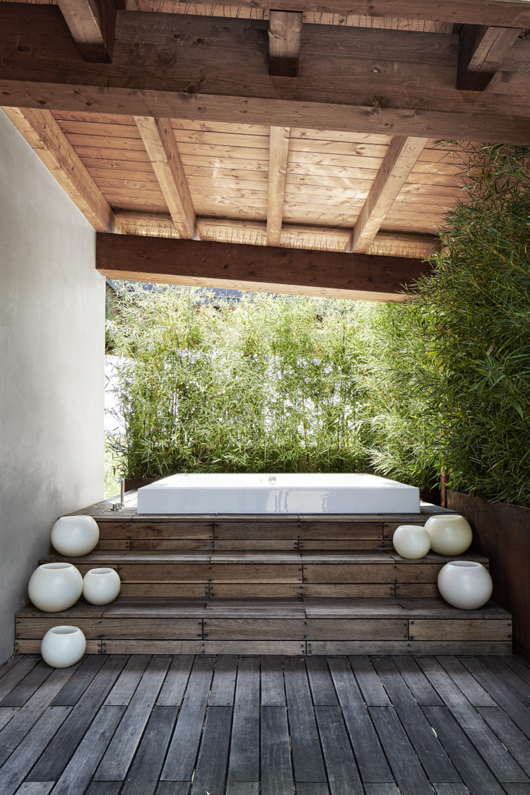 the-lightline-christopher-ward-house-elle-decoration-uk-terrace-2