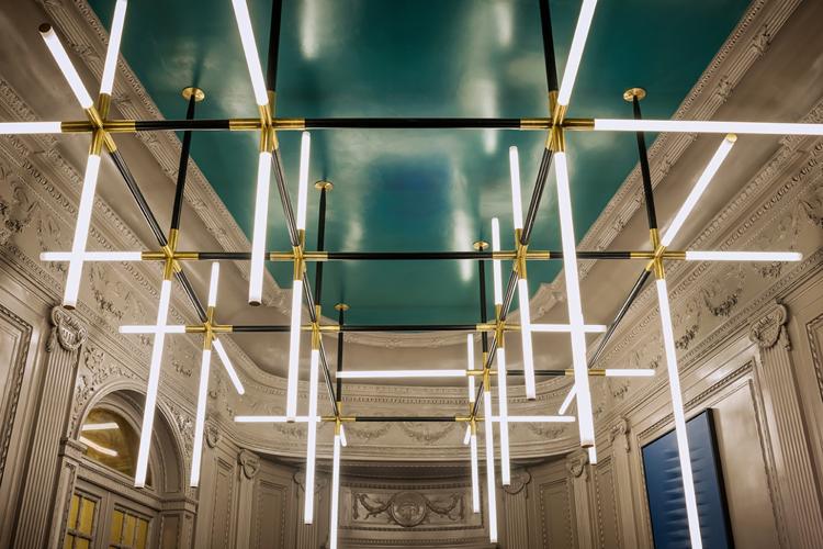 the-lightline-fendi-dimore-studio-chandelier