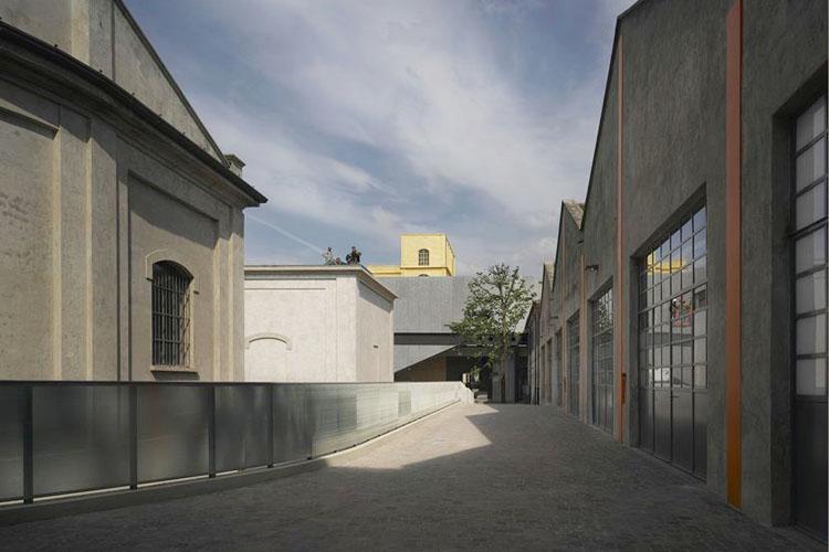 the-lightline-fondazione-prada-architecture-2