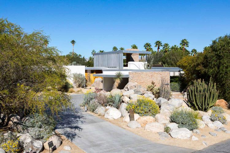 the-lightline-modernism-week-kaufman-desert-house
